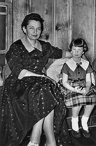 Marie Moseley and daughter Susie